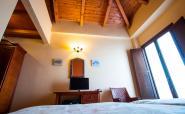 habitacion-doble-estandar-1-o-2-camas-1-planta-balcon-o-ventana----